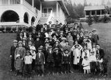 Tatsuya Arai family with others at picnic at Crystal Springs, 1915