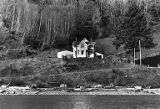 Chris Henry house on Columbia River, 1979-1980