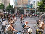 Critical Mass circling in Westlake Park, preparing to hit the streets.
