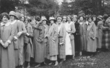 1924 Campus Day showing a line of women students, University of Washington