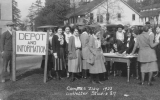 1922 Campus Day students at the depot and information table, University of Washington