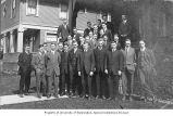 Fred Bennett with Delta Upsilon fraternity members, University of Washington, ca. 1911