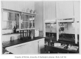 Chemical engineering lab, University of Washington, ca. 1920