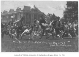 1929 Campus Day showing wheelbarrow race, University of Washington