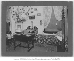 Student room in Phi Delta Gamma fraternity house, University of Washington, 1901