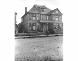 Residence of Dr. M. M. Dodge, 908 South 9th Street, Tacoma, July 21, 1898