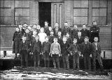 Edmonds School children and teacher, Edmonds, Washington, 1891