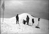 Mountaineers on the summit of Mount Baker, Washington, ca. 1913.