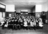 Bothell school room interior, Washington, 1909