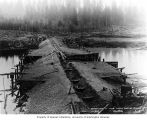 Cofferdam construction at the Lake Tapps outlet, April 4, 1911