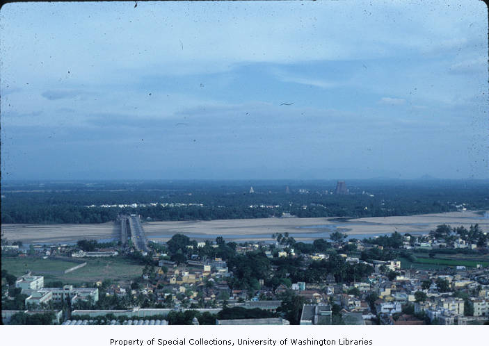 Srirangam city and Kaveri river, viewed from Trichy rock fort, Tamil